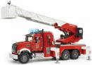 Požární auto Mack Granite s vodní pumpou BRUDER 02821
