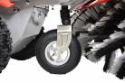 Motorový zametací kartáč HECHT 8101 - podpůrné přední kolečko