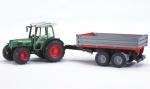 Traktor Fendt 209 S s přívěsem BRUDER 02104