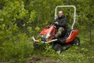 Mulčovací traktor SECO Goliath 4x4 je výkonný mulčer pro neudržované, náletové a jinak zanedbané plochy