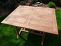 Zahradní skládací stůl TEXIM Palu je vyroben z tvrdého teakového dřeva