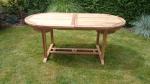 Zahradní skládací stůl TEXIM Faisal je bytelným a elegantním stolem pro každou zahradu