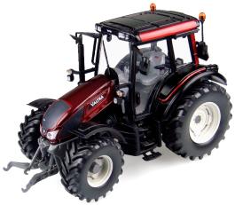 Model traktoru VALTRA N103 - červený