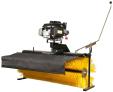 Motorový zametací kartáč k zahradnímu traktoru SECO Starjet
