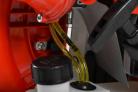 Motorový fukar HECHT 972 Profi - přívod paliva do motoru