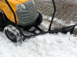 Shrnovací radlice k zahradnímu traktoru VARES Komfort 1 m