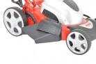 Elektrická sekačka HECHT 1846 4in1 - boční výhoz s nasazeným krytem