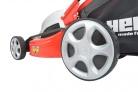 Elektrická sekačka HECHT 1846 4in1 - velká zadní kola pro lepší pojezd