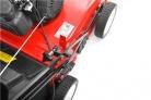 Motorový provzdušňovač trávníku HECHT S 390 H - šroub nastavení pracovní hloubky