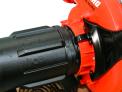 Benzínový fukar a vysavač ECHO ES-255ES s motorem o výkonu 1,1 HP