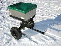 Tažené rozmetadlo k zahradnímu traktoru VARES RV 200