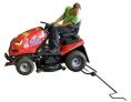 Šroubový zvedák zahradního traktoru DAKR - vjezd pozadu na zvedák