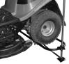 Šroubový zvedák zahradního traktoru DAKR - šroubováním zvedáme traktor do požadované výšky